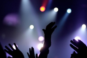 hands-concert-spotlight-music-480x640